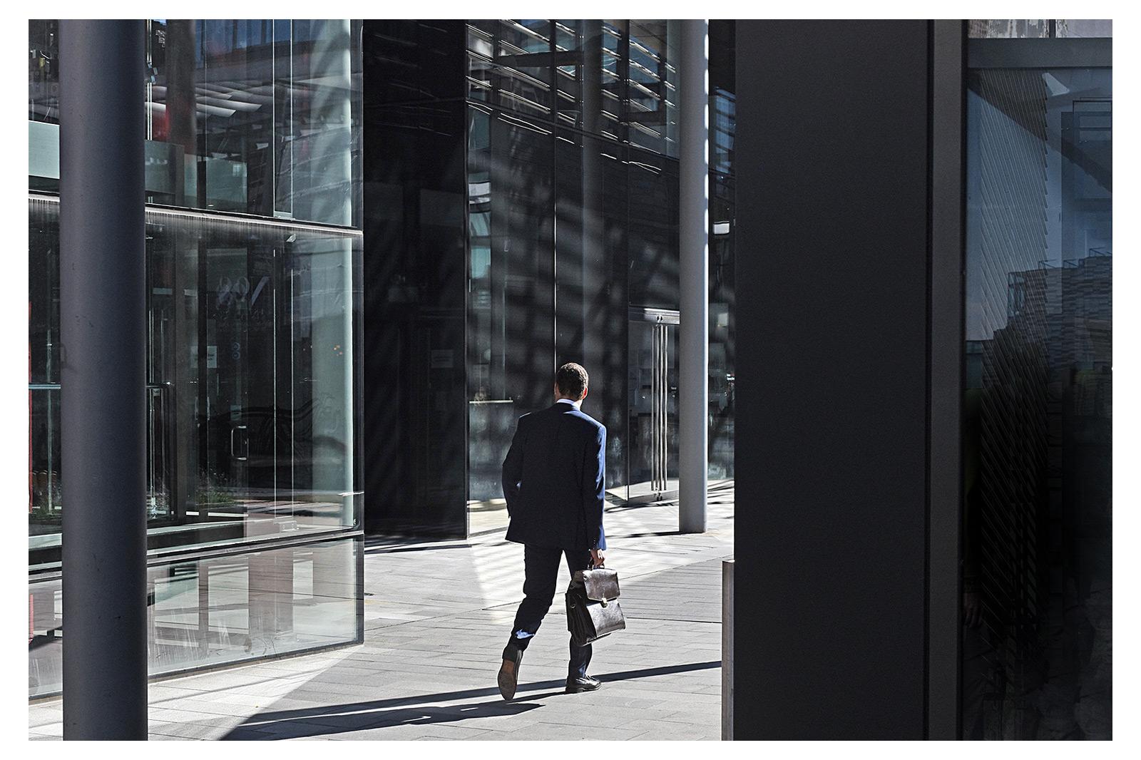 man with briefcase and edinburgh office building, commercial photographer edinburgh